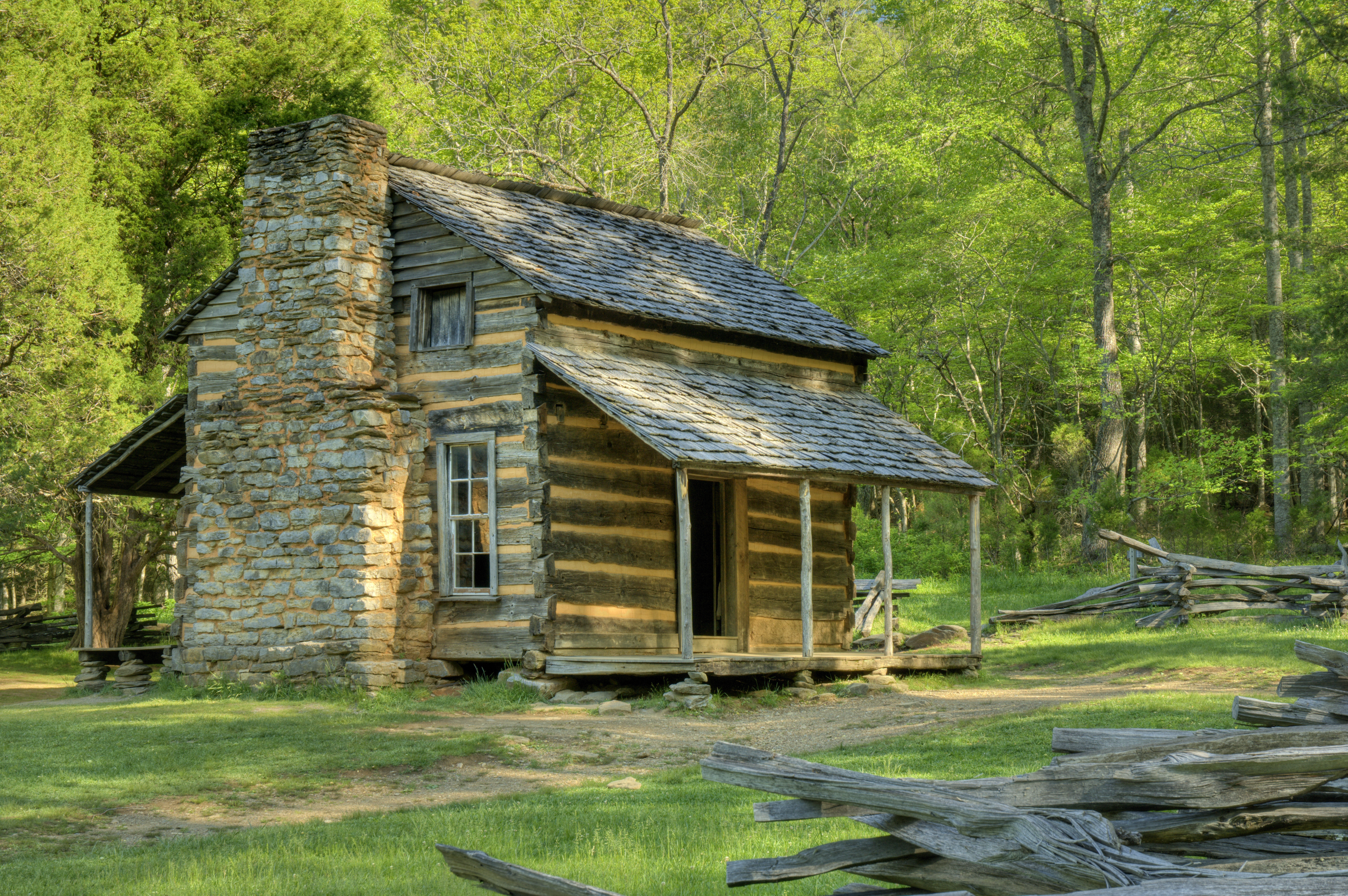 John Oliver's Cabin in Great Smoky Mountains National Park, Tennessee, USA