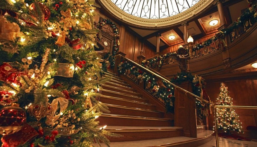 The Titanic Museum gets Decked out for the holidays