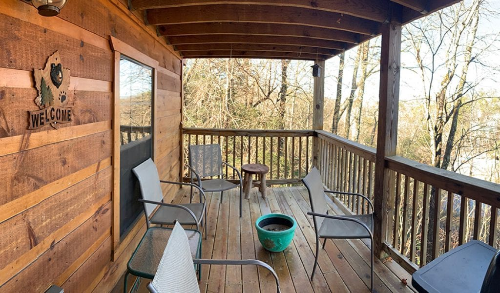 Renting a cabin for the holidays should be on everyone's bucket list (photo by Morgan Overholt/TheSmokies.com)