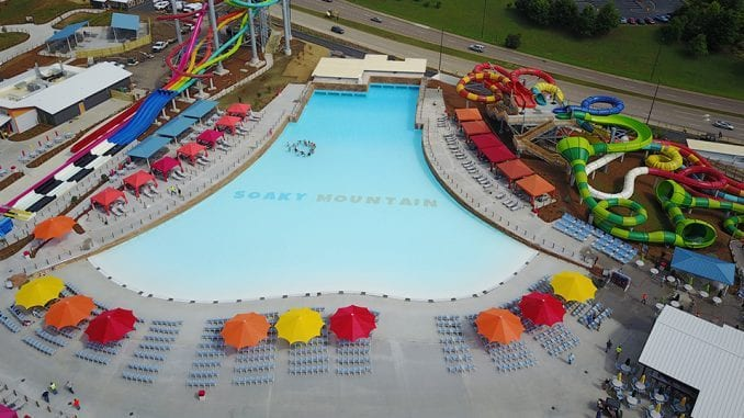 Soaky Mountain Waterpark