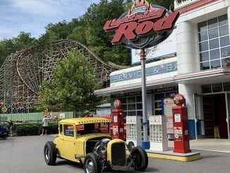 Best Rides at Dollywood - Lightning Rod