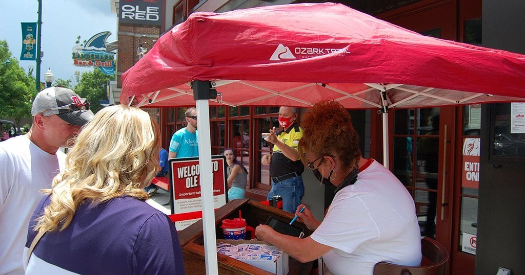 Guests check in for reservations outside Ole Red Gatlinburg (photo by Morgan Overholt/TheSmokies.com)