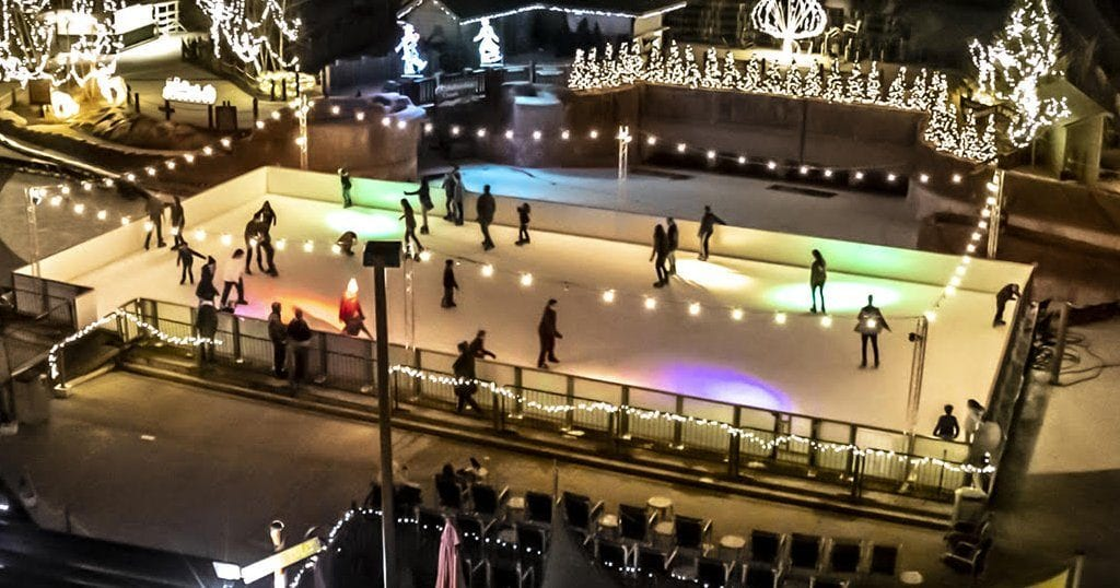 Guests ice skate at Wilderness at the Smokies (photo courtesy of Wilderness at the Smokies)